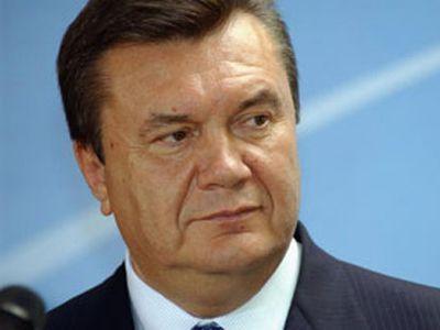 Янукович готов подменить Азарова
