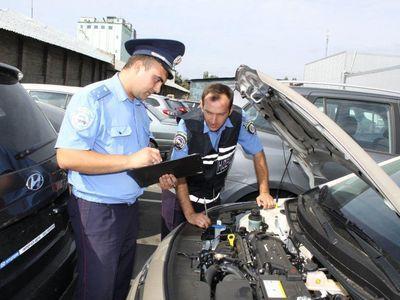 В Донбассе за два месяца по упрощенному порядку зарегистрировали более 500 авто