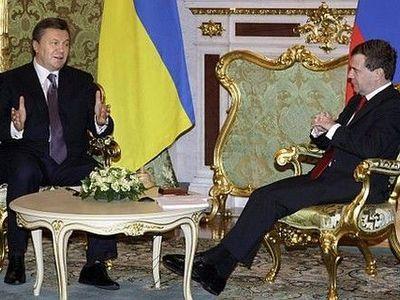 Азаров приоткрыл завесу над газовыми договоренностями Януковича и Медведева