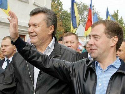 Медведев в Донецке не будет говорить с Януковичем о Тимошенко. Других проблем хватает