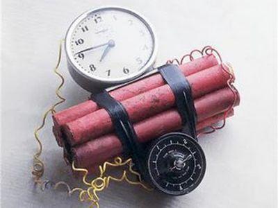 Из-за угрозы теракта в Донецке проверяют сумки посетителей магазинов