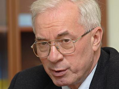 Азаров планирует устроить технологическую революцию