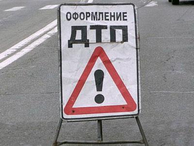 Катаясь по ночному Киеву, сотрудник СТО разбил чужую машину