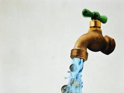 Александр Попов будет продавать воду