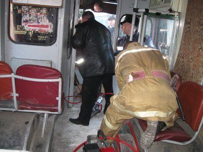 """Дончанин на """"Мерседесе"""" протаранил троллейбус в Алуште. Есть пострадавшие (ФОТО,ВИДЕО)"""