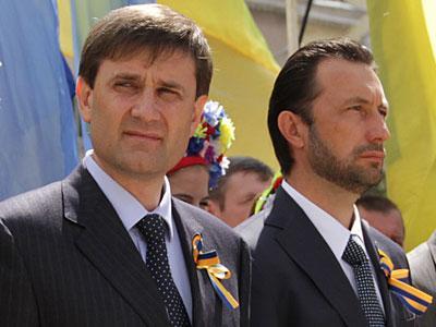 Андрей Шишацкий и Андрей Федорук на двоих имеют на счетах почти 10 миллионов. И это не считая ценных бумаг.