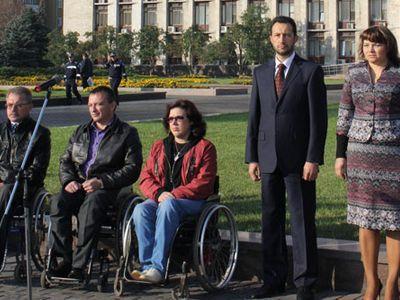 Из Донецка стартовал автопробег для инвалидов (ФОТО)