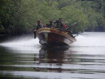 Среди похищенных пиратами моряков, возможно, есть украинец