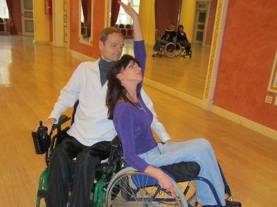 Наталья и Виталий мечтают поехать весной в Киев  на чемпионат Украины по танцам на колясках.  И очень надеются показать хороший результат.