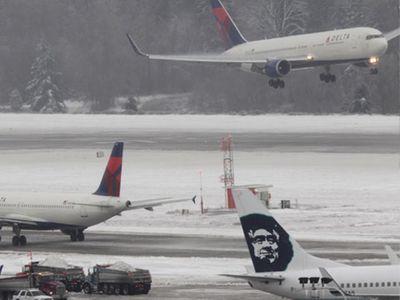 В аэропорту Вашингтона столкнулись два cамолета