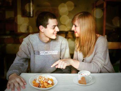 «Если мне понравится твой салатик, приготовлю кофе и угощу печеньками!» -  шутит Дарья.
