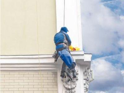 В Донецке займутся реставрацией жилых домой