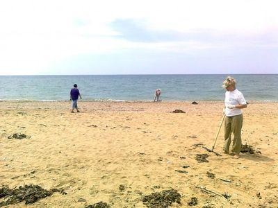 В Мариуполе к открытию пляжного сезона ремонтируют туалеты