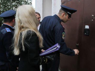 Коммунальные должники быстро нашли способ вернуть арестованное имущество