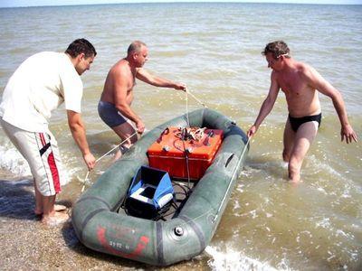 Исследование побережья Азова ведётся по всем фронтам: на суше, в воде и даже из космоса.