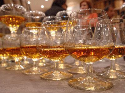 Кабинет министров отсрочил введение новых акцизных марок для алкоголя