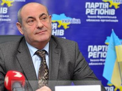 """""""В Партии регионов есть тысячи чрезвычайно порядочных, умных, профессиональных людей, патриотов Украины"""", - уверяет Василий Чуднов. И как после этого его было не сделать губернатором?"""