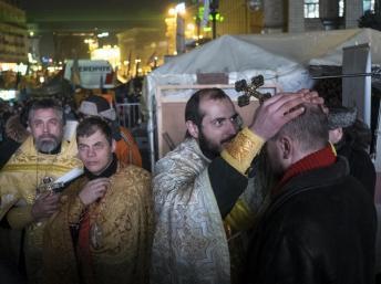 Америка заступилась за священников с Евромайдана