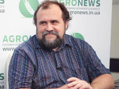 Александр Охрименко советует большую часть средств хранить в гривне.