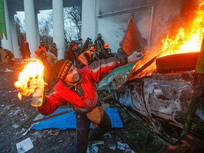 Киевская война: уличные бои глазами очевидцев (ФОТО)