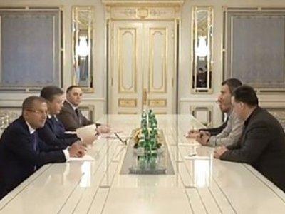 На переговорах с президентом оппозиция желает получить чёткие ответы (ФОТО)