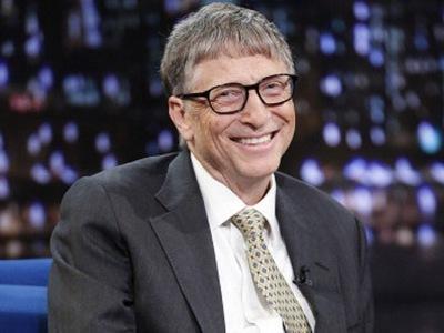 """Билл Гейтс """"впал в детство"""" и раскукарекался в прямом эфире (ВИДЕО)"""