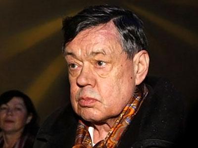 На киевские баррикады приезжал больной Николай Караченцов (видео)