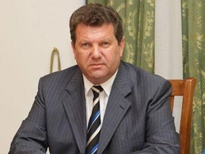 """Представитель президента в Крыму подал в отставку: """"Мне стыдно!"""" (ВИДЕО)"""