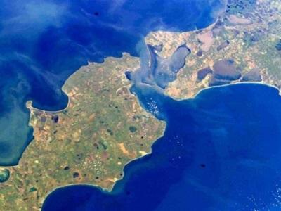 МИД Украины намерен бороться за Керченский пролив