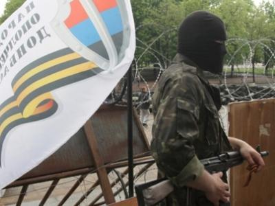 На луганском блокпосту расстреляли автомобиль: среди пострадавших - две женщины
