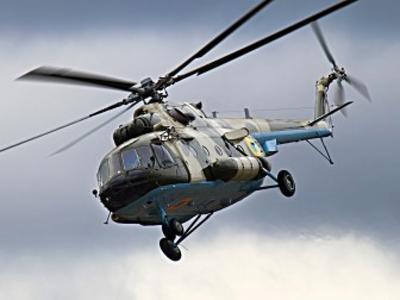 """В центре Донецка вооружённые """"республиканцы"""" обстреляли вертолёт"""