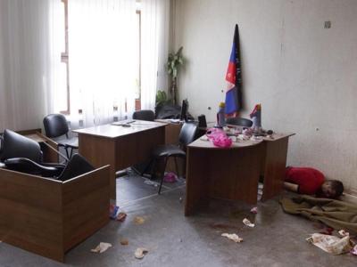 Неизвестные вооруженные люди убили двух человек в Торезе, - ДонОГА - Цензор.НЕТ 4001