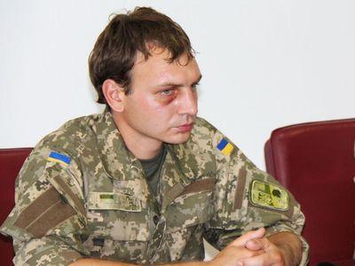 Интервью после плена: украинский боец признался, что его пытали на потеху журналистам РФ (ВИДЕО)