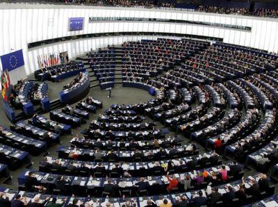 Европа не будет дружить с РФ, пока та не вернет Крым и не уберется с Донбасса
