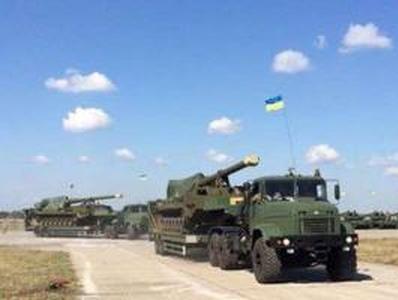 """""""Все фото и видео меркнут перед этим"""", -  на Донбасс отправляют военную технику после капремонта  (ВИДЕО)"""