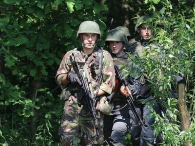 Боевики ищут слабые места в обороне ВСУ