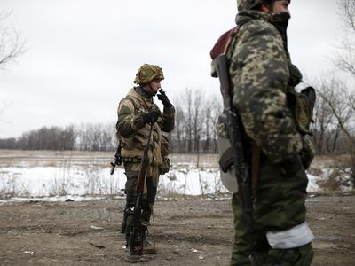 Боевики запретили жителям Коминтерново выходить из своих домов, проводят зачистку (ВИДЕО)