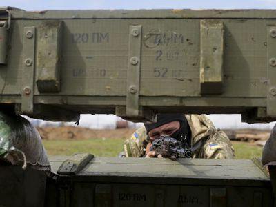 Почему в ДНР-ЛНР тупо продолжают пугать народ, а Украина затягивает Минский процесс