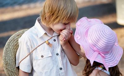 Ребёнок и первая любовь: что нужно знать родителям