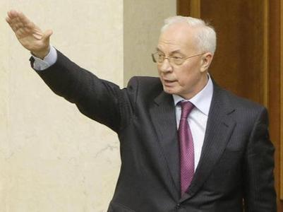 Азаров пообещал возвращение Партии регионов