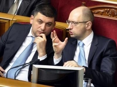 Кабмин Яценюка пока остается, Кабмин Гройсмана согласовывают (ИНФОГРАФИКА)