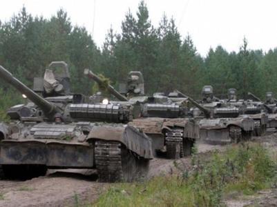 """В """"ДНР"""" принимают российских наемников с техникой и формируют танковую бригаду"""