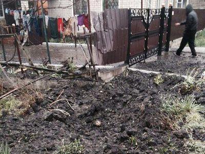 Новые подробности кровавого обстрела Еленовки: под удар попали не только авто с людьми, но и жилые дома