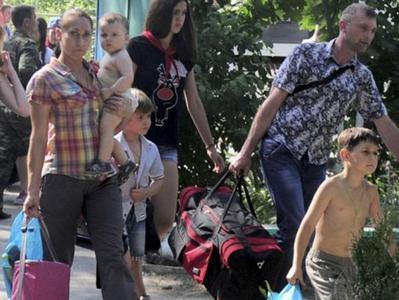 В Украине зарегистрировались почти 1 миллион 800 тысяч переселенцев из Донбасса и Крыма
