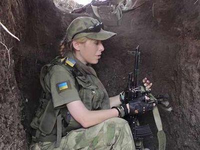 Боєць та блогер Білозерська: про добровольців і криминал