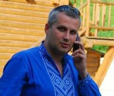 - «Друзья устали ждать когда всё же вернётся Украина на Донбасс», - поясняет волонтёр.