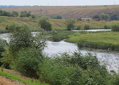 Кальмиус - река прифронтовая.