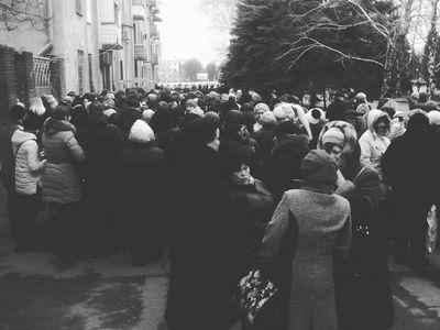 Журналист сравнил похороны Моторолы в Донецке и визит Порошенко в Краматорск