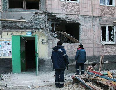 Последствия обстрела Макеевки поздним вечером 27 октября.