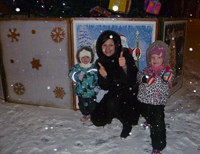 Их первый Новый год в Красноармейске (Покровске). Тогда казалось, что это ненадолго.